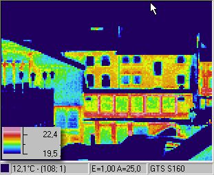 infrared image / thermographic foto / thermal picture: houses in Aachen